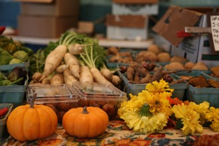 Fresh produce; photo from Northside Farmers Market website